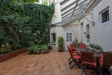 Private room in garden courtyard