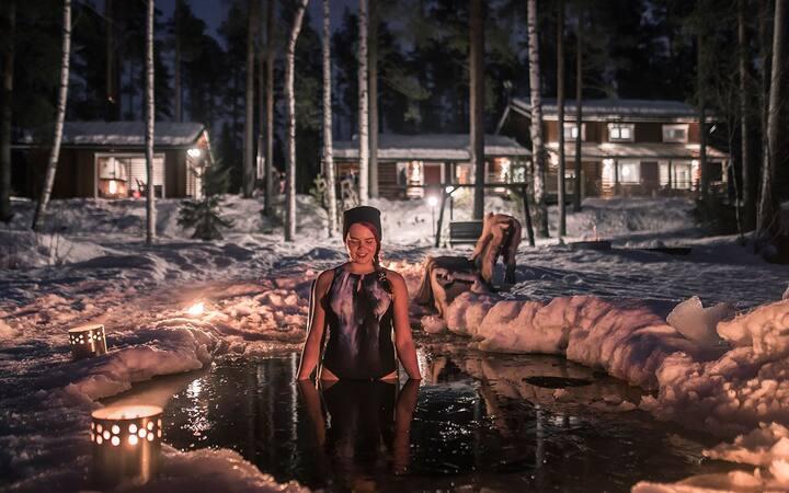 Lakeshore Villa for 11 person