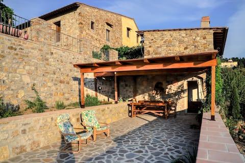 Casa con magnifica terrazza panoramica a Fiesole