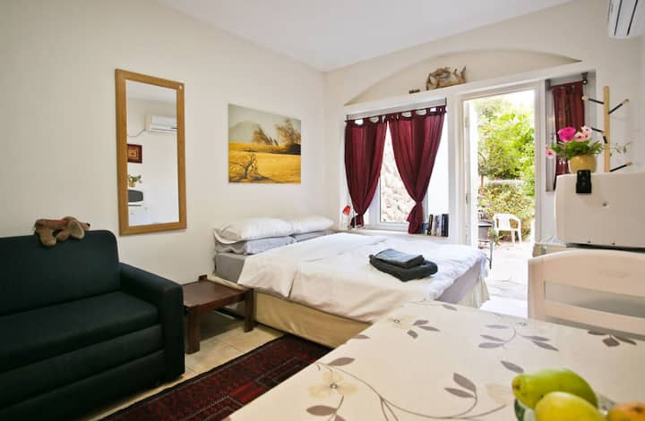 AMDAR EILAT, Best Location, Private Holiday Studio