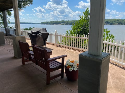 Lake Gaston ~ Main Lake ~ Sleeps 8