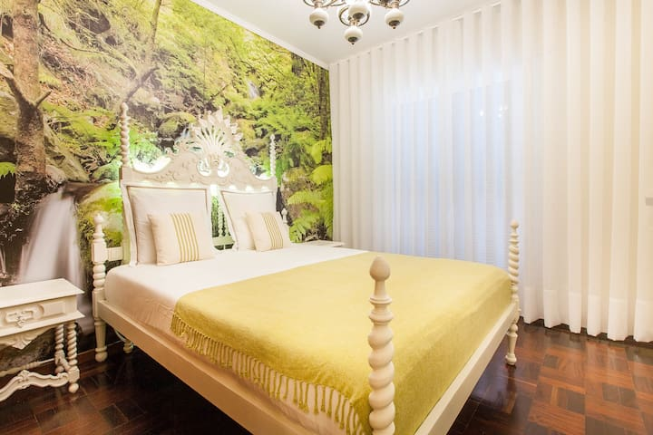Laurisilva Couple Bedroom