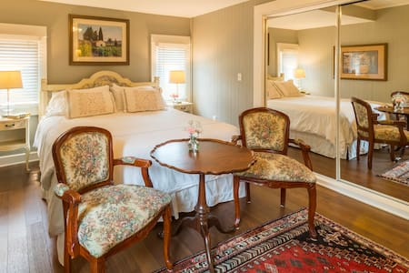 Room 1 - Mollie Day, Ground floor room with King bed, and private patio