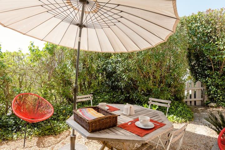 30 m2 Mediterranean cottage
