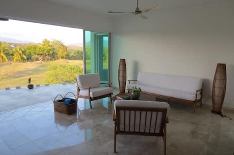 Ixtapa | Quiet Golf View | Ideal for Beach Office