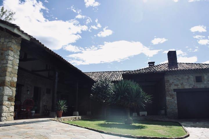 La casa de Eloy - Casa antigua, piscina, barbacoa