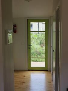 Wide entrance/hallway