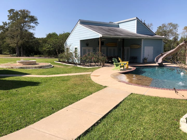 Enchanted Oaks Guesthouse-10 min. from Texas A&M