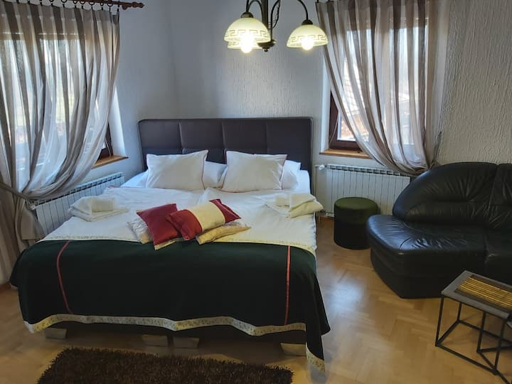 Superior apartment Florjana