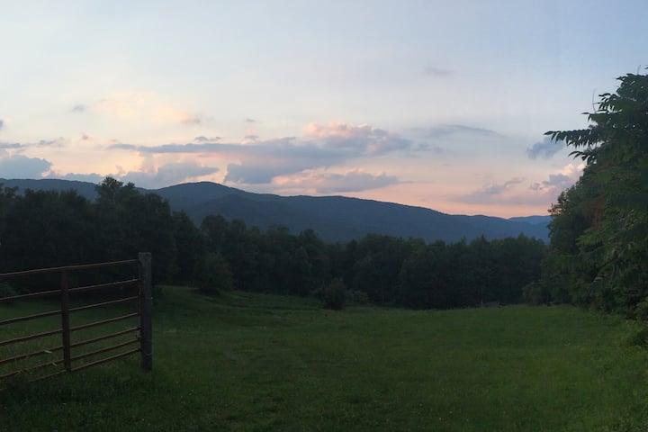 Roan Mountain Hideaway