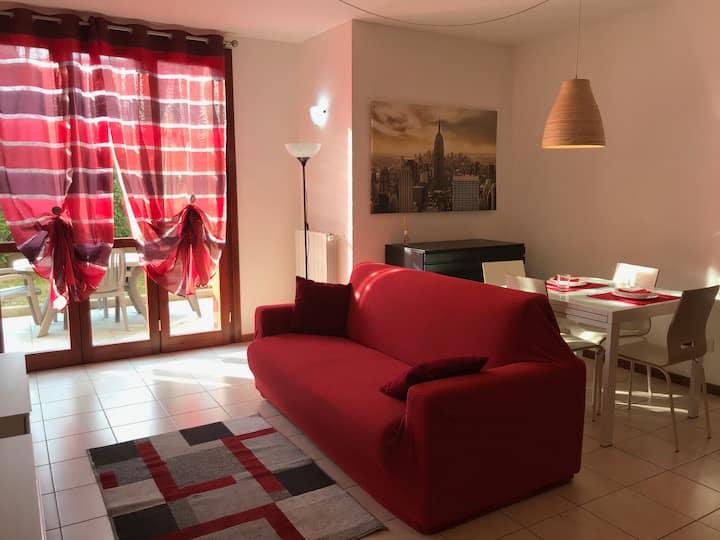 Cozy apt, with garden, near Milan, 2 rooms