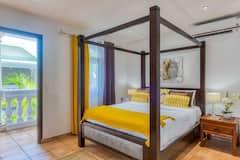 PRIVATE+ROOM+IN+BEAUTIFUL+VILLA