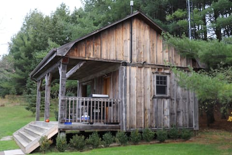 RAVEN CABIN(rustic, 'off-the-grid')