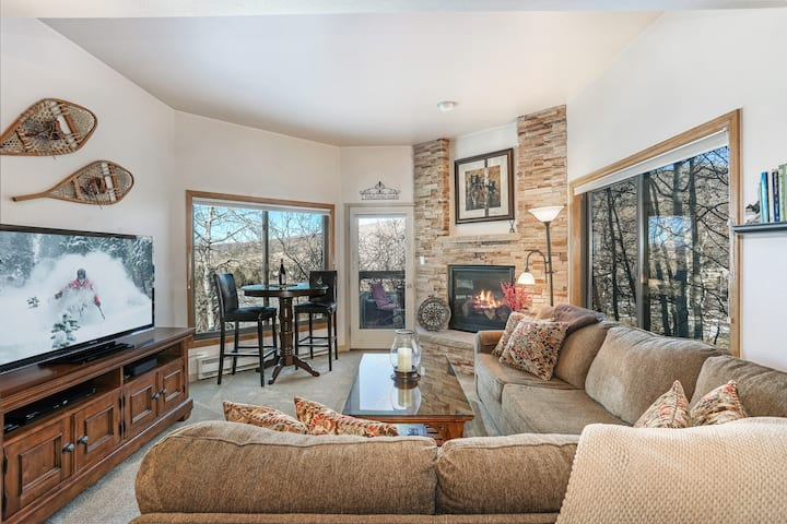 Two Master Suites   Located Between Vail & BC
