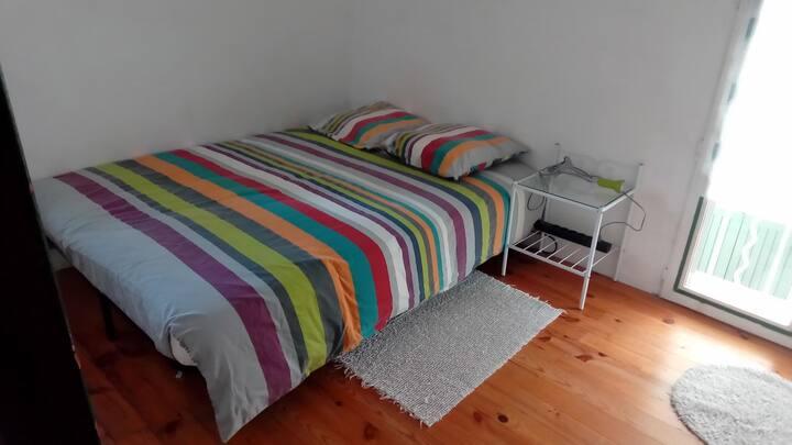 chambre dans maison de village
