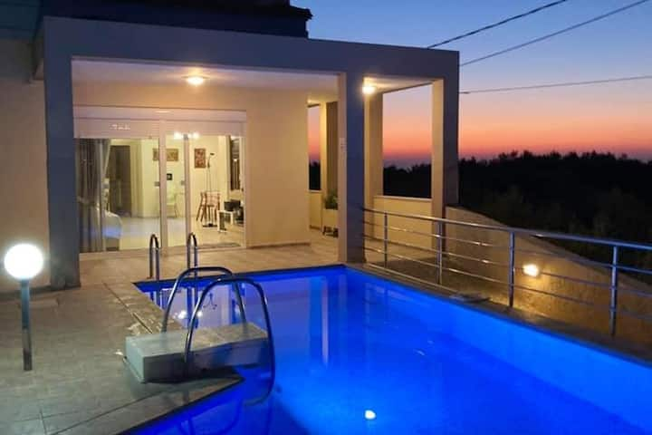 Villa zafira  ideal for families or honeymooners