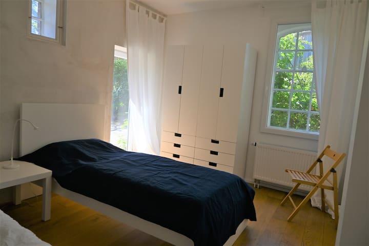 Schlafzimmer 2 EG