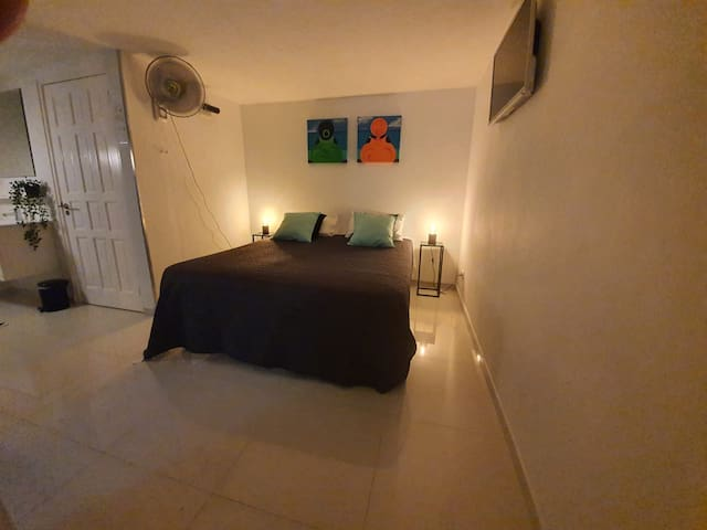 Heerlijke slaapkamer met badkamer ensuite