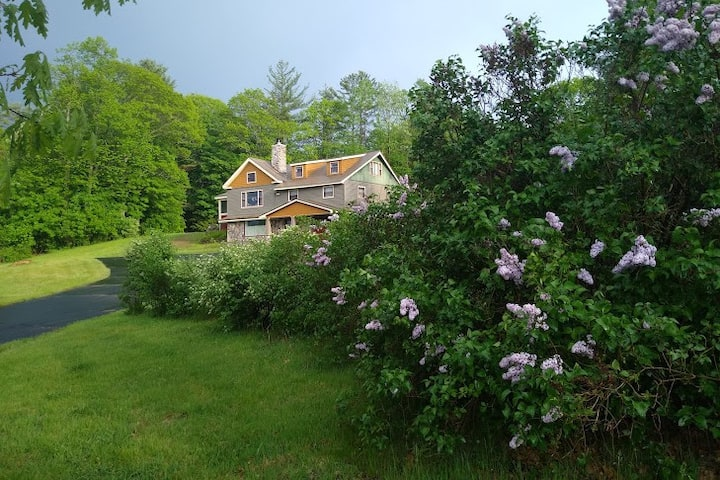 Stone's Schoolhouse on River's Bend Private Estate