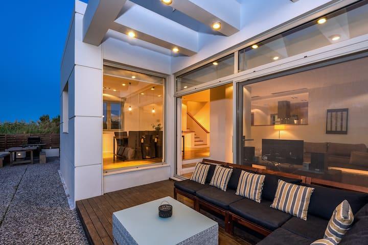 Modern sea view villa Ariadne, in Ialysos Rhodes