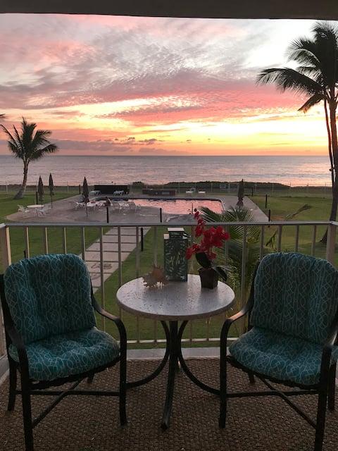 *Serendipity on the Moana! - Legal & Beachfront!*