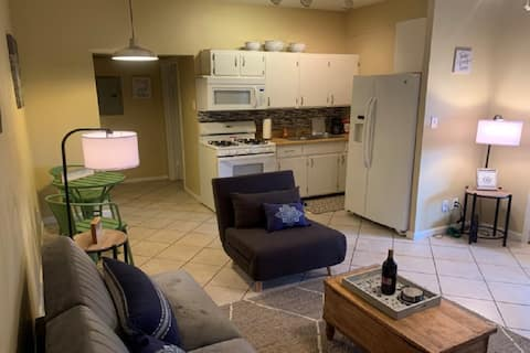 Spacious One Bedroom Downtown Fairhope Apartment