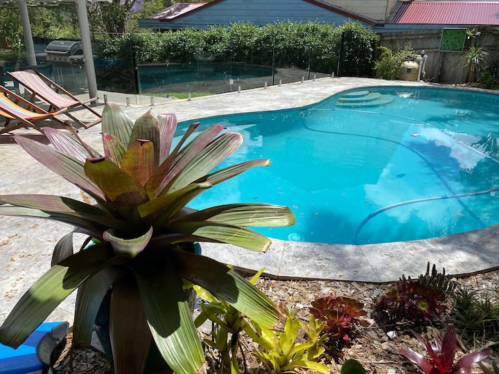 Family home with pool in BeaconHill