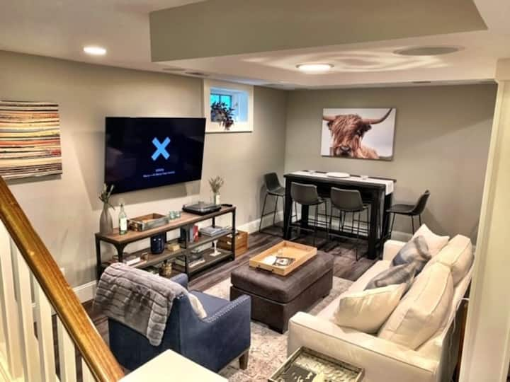 Chic Excelsior Getaway Space