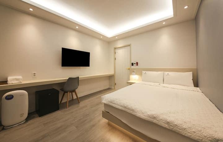 BACKPACKERS IN YEOSU Double size bedroom
