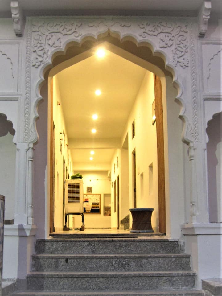 atithi guest house pushkar