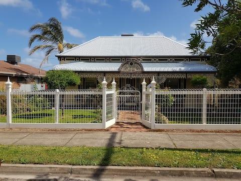 Beautiful Victorian home 'Kenmare'
