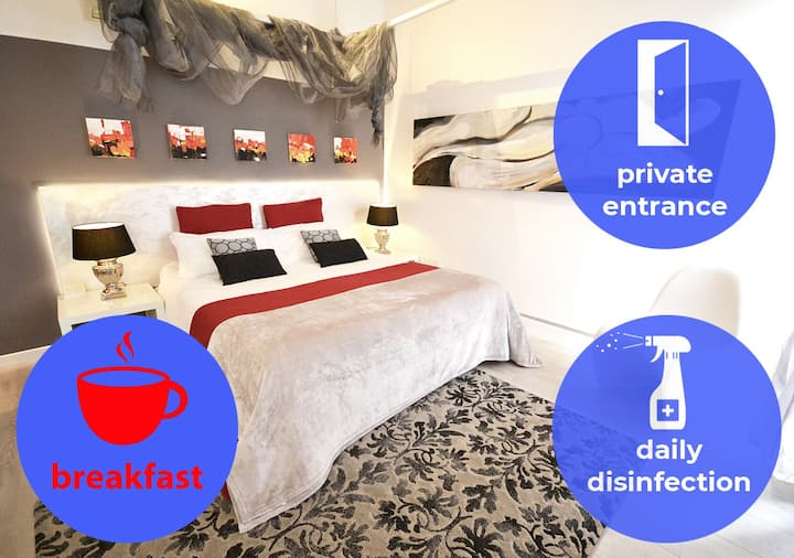 LUXURY SAFE ROOM+Breakfast_15 min. from VENICE
