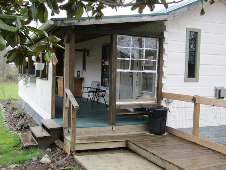 Lost Laurel Cabin