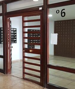 wide doorways, a wide lift
