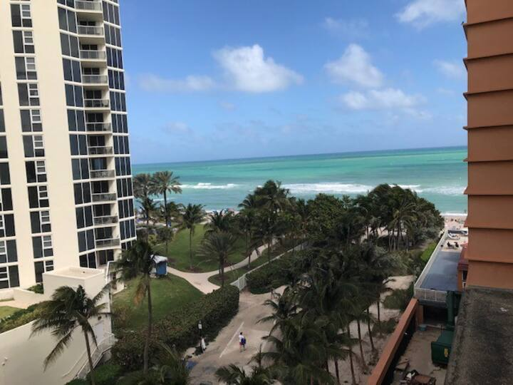 Sunny Isles FL / Ocean Front & Great View of Ocean