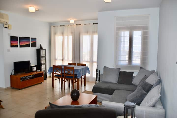 Spacious 2 bedrooms,seaview terrace