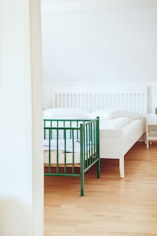 The White Room (Room 6): king size bed and cot