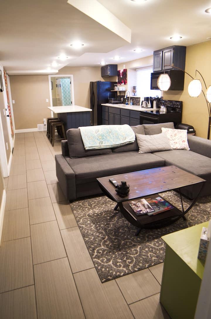 Modern, spacious, suburban hideway