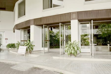 Doors and entrance is well done for weelchairs