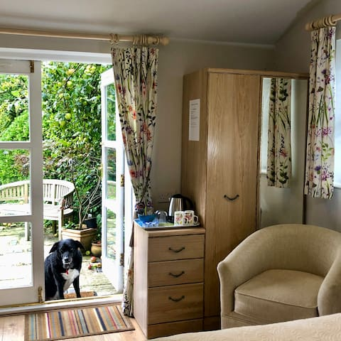 Double in the Garden Annex with ensuite.  Wheelchair access.