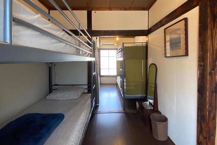 寝室/Bedroom