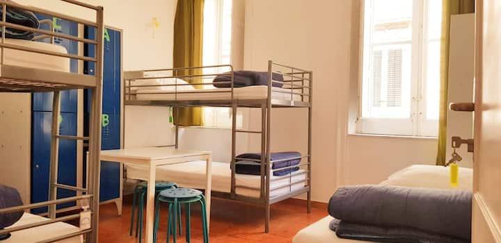 Hostel - A casa di Amici - Female Dormitory