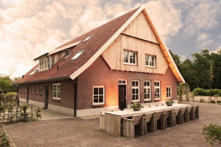 Luxe vakantieboerderij nabij Ootmarsum en Denekamp