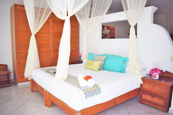 Bedroom-Recámara.