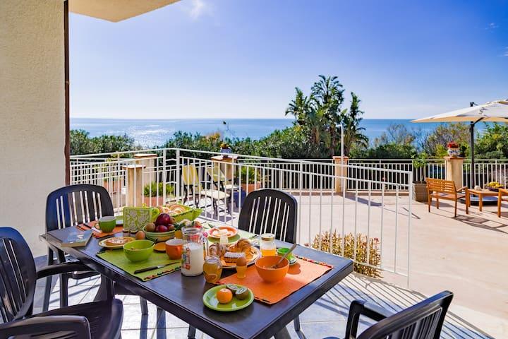 Holiday Home Lumia near the sea