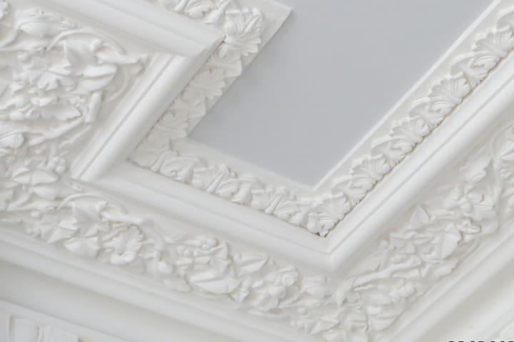 Ornate ceiling details