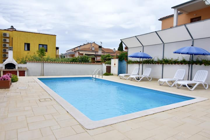 Nice Vila Maria with pool, 3 bedrooms, free wi fi
