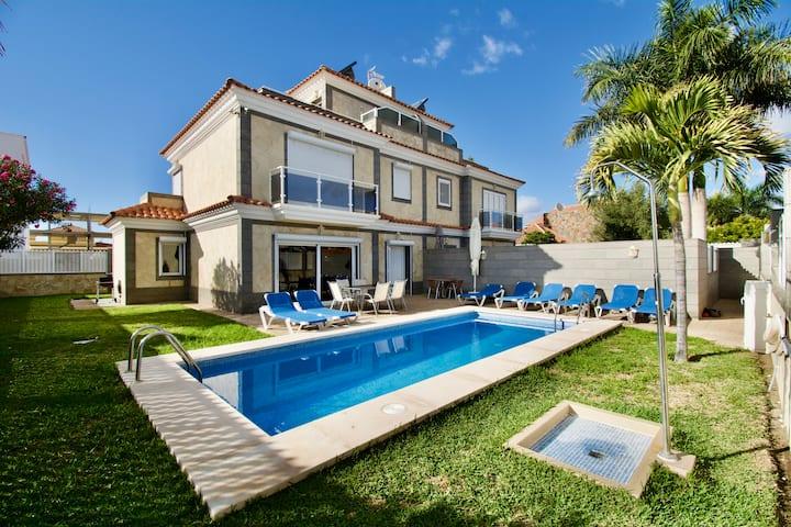 Villa Lovisi 7-1.Luxury holiday