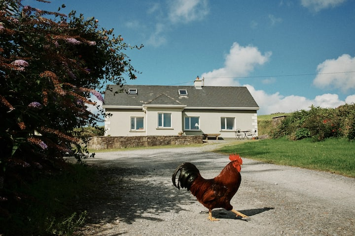 Stunning Burren Farmhouse, sleeps 8