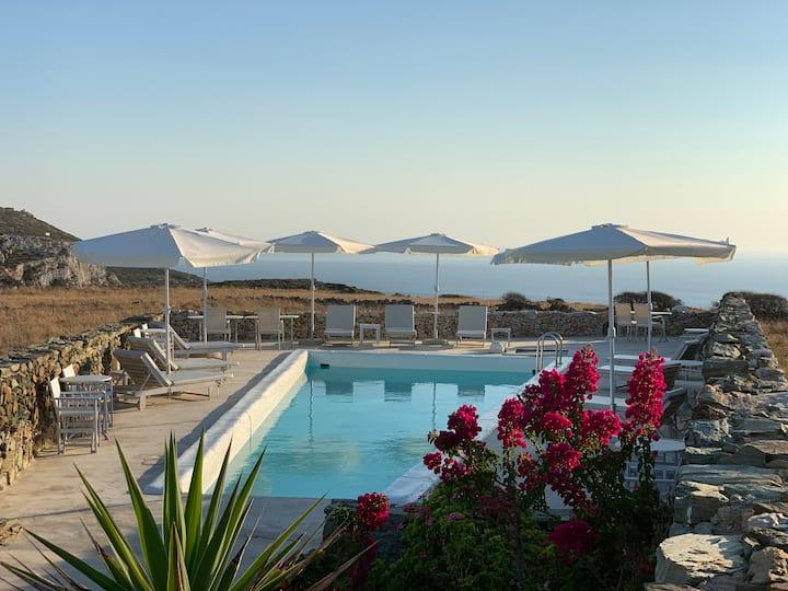 Folegandros-Villa Myrtia & pool